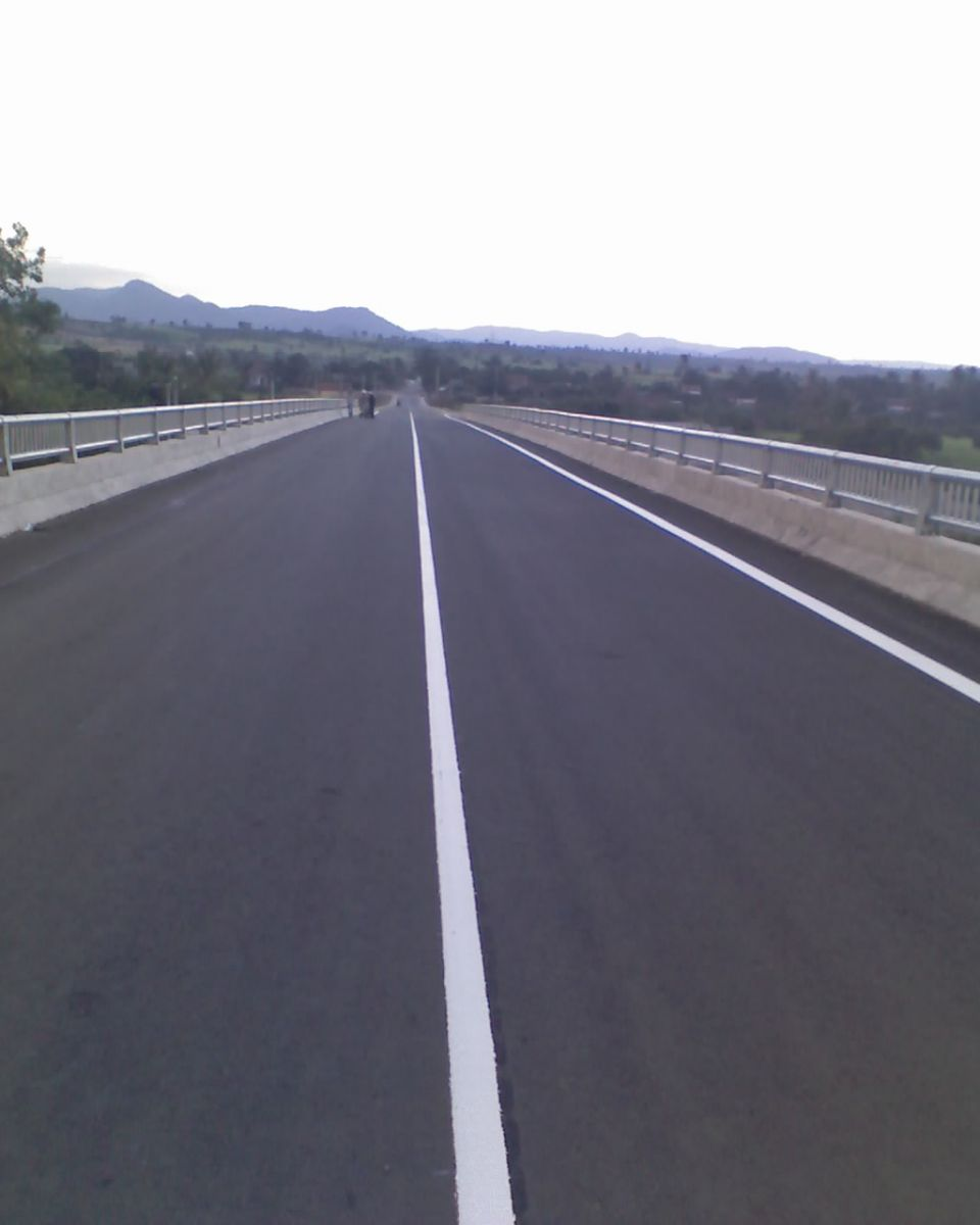 Traffic paint - reflective thermoplastic paint
